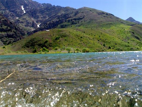 زلال و گوارا همچون دریاچه گهر